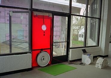 blower-door-test-at-commercial-retail-building-1.jpg